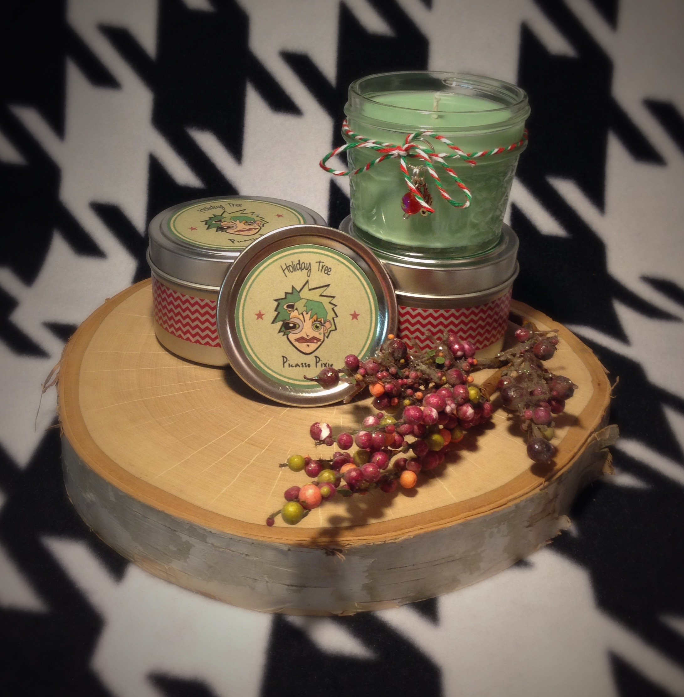 holiday tree scented soy candle
